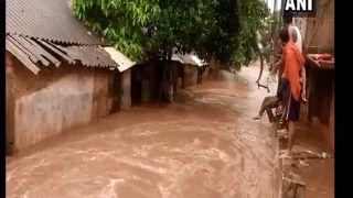 VIDEO: भुवनेश्वर की बस्तियों में बाढ़ का नजारा, गलियों में बहती नदी नजर आई