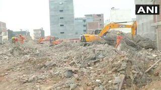 ग्रेटर नोएडा बिल्डिंग हादसा: आज भी तलाशी अभियान जारी, जगह की कमी के चलते लग रहा समय