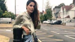 Bigg Boss Hotness Hina Khan Looks Sexy in London Pictures, Gets Trolled Yet Again