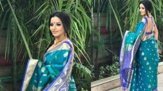 Bhojpuri Bombshell Monalisa Looks Hot in Blue Sleeveless Banarasi Saree, Check Her Sexy Pic