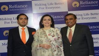 Reliance AGM  2018 Updates:Mukesh Ambani Gives Offer to Exchange Any Old Feature Phone For Just Rs 501