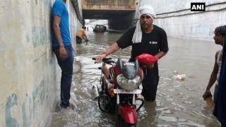 यूपी में झमाझम बारिश, मैनपुरी, सैफाई व आगरा को जोड़ने वाले अंडर ब्रिज में भरा पानी, फंसे लोग