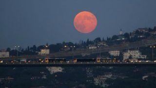 Chandra Grahan July 2018: चंद्र ग्रहण आज, बन रहे हैं 5 महासंयोग, जरूर पढ़ें