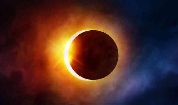 Surya Grahan 2019: भारत में नहीं यहां दिखेगा आंशिक सूर्य ग्रहण, जानें सही समय