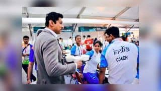 Asian Games 2018 at Jakarta And Palembang: Sports Minister Rajyavardhan Singh Rathore Carries Food For Athletes, Wins Hearts Big Time -- PICS