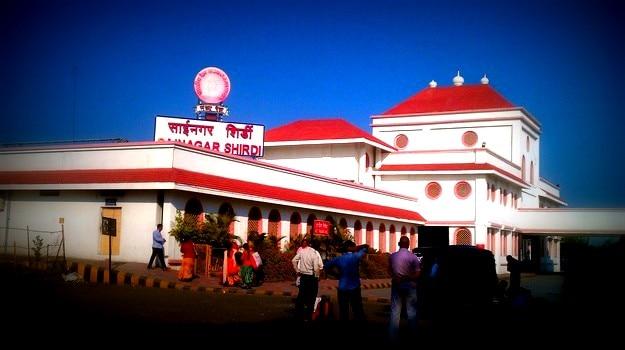 Three main festivals of Shirdi: Best time to visit Shirdi in Maharashtra