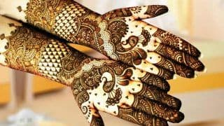Raksha Bandhan 2018: लगाएं मेहंदी तो रंग गाढ़ा करने को अपनाएं ये 5 बेजोड़ उपाय...