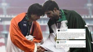 Asian Games 2018 at Jakarta And Palembang Day 11: Javelin Thrower Neeraj Chopra, Pakistan's Arshad Nadeem Head Touch Gesture Gets Applause From Sania Mirza, Hasan Ali