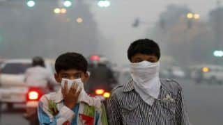 Delhi Records Second Highest Pollution Level This Year; People Advised to Minimise Outdoor Activities as Air Quality Turns 'Severe'