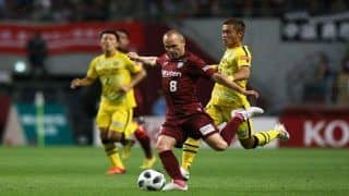 First J-League Match Featuring Iniesta, Torres Ends in Goalless Draw