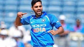 India vs Australia 2nd ODI: In Absence of Jasprit Bumrah, Bhuvneshwar Kumar Practices New Bowling Drill to Bamboozle Aaron Finch-Led Australia in Adelaide | WATCH VIDEO