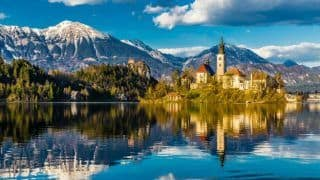 18 Spectacular Photos of Lake Bled in Slovenia Will Take Your Breath Away
