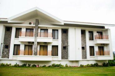 Weekend Trips from Mumbai: Affordable Family Resorts near Mumbai for Monsoon Getaways