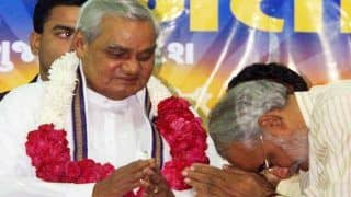 When PM Modi Bowed Down And Had Hugged Vajpayee at BJP Headquarters - Watch Rare Old Video Here