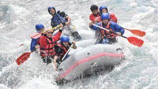 Rafting through the white waters of Dandeli