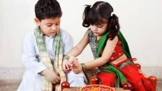 Happy Raksha Bandhan Wishes 2018: Top 10 Quotes, Messages, Status, greetings And SMSes to Wish Siblings