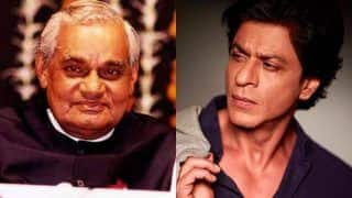 Shah Rukh Khan Pays an Emotional Tribute to Former Prime Minister Atal Bihari Vajpayee; Says Country Lost a Father Figure