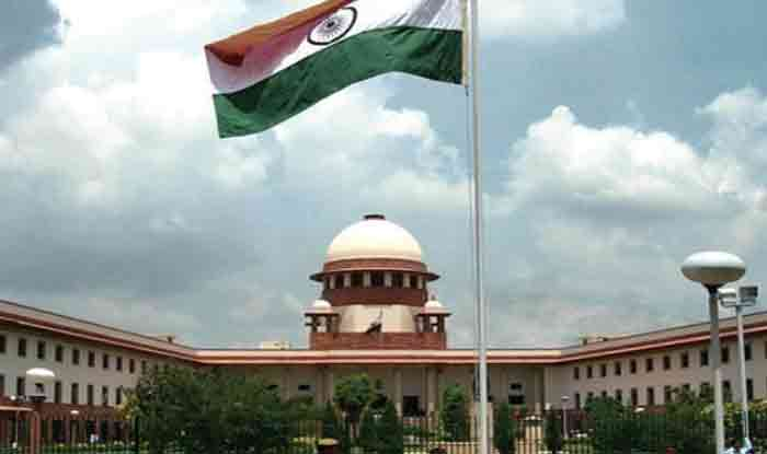 Supreme Court Reserves Order on Pleas Seeking Review of Sabarimala Verdict; Devaswom Board Takes U-turn on Women's Entry