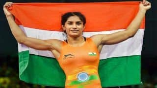 Asian Games 2018, Day 2: Wrestler Vinesh Phogat Wins Second Gold For India in 50 kg Freestyle Event After Bajrang Punia's Historic Feat on Day 1