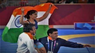 Asian Games 2018, Day 2: Superstar Aamir Khan Congratulates 'Golden Girl' Vinesh Phogat After Historic Gold, Bollywood Joins In