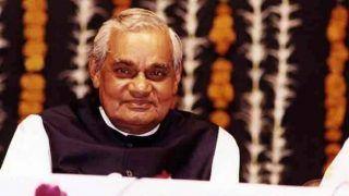 VIDEO: जब Atal Bihari Vajpayee ने गाया 'गीत नहीं गाता हूं...', सुनकर भर आंएगे आंखों में आंसू...