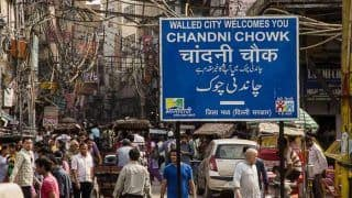 Vehicles to be Banned in Chandni Chowk; Only Pedestrians, Rickshaws to be Allowed