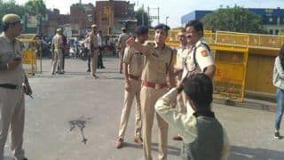 Delhi Police Detains Over 3,000 Violators of COVID-19 Lockdown, Then Lets Them Off With Warning