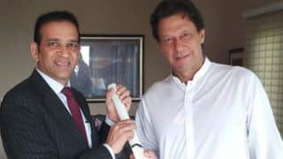 Indian Cricket Team Gifts Signed Bat To Pakistan Prime Minister-Elect Imran Khan