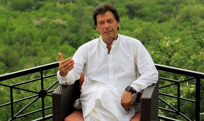 इमरान खान ने कहा- जंग नहीं दो-तीन फॉर्मूले से कर सकते हैं कश्मीर का समाधान