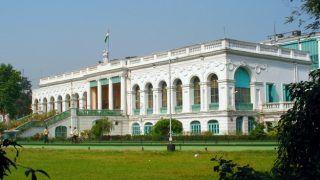 कोरोना वायरस से बचाव में जुटी बंगाल सरकार, राष्ट्रीय पुस्तकालयों और चिड़ियाघरों को किया बंद