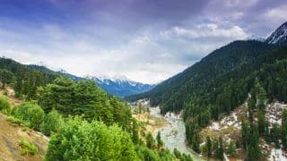 Kashmir Valley Tourism: Best Places To Visit In 'Vale of Kashmir' Enroute Amarnath Yatra