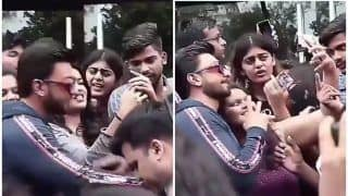 Takht Actor Ranveer Singh Rescues Female Fans Mobbed by Unruly Crowd And Shows he is The Star That Bollywood Never Had, Watch
