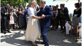 रूस के राष्ट्रपति पुतिन ने ऑस्ट्रिया की विदेश मंत्री की शादी में उनके साथ किया डांस