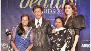 Shah Rukh Khan Supports Acid Attack Victims Through His Meer Foundation, Urges People to do The Same