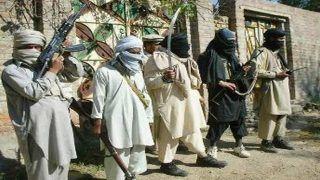 अफगानिस्तान: तालिबान ने 150 से ज्यादा लोगों को बनाया बंधक, महिलाएं और बच्चे भी शामिल
