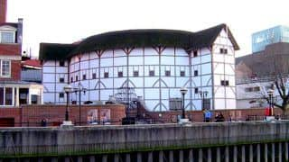 Here Are 5 Interesting Facts About William Shakespeare's Globe Theatre in London