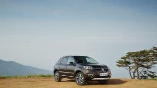 Renault shows off Koleos facelift