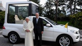 Mercedes Benz delivers new M-Class Popemobile to Pope Benedict XVI