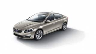 Volvo officially unveils long wheelbase S60L