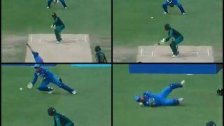 Asia Cup 2018, India vs Pakistan 5th ODI: MS Dhoni Drops Shoaib Malik of Hardik Pandya's Bowling, Will it Cost Rohit Sharma's Team India? -- WATCH