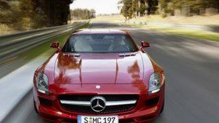 Mercedes Benz SLS AMG laps the BIC in a record breaking 2m14.521s