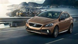 Volvo V40 Cross Country to hit dealerships next month