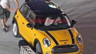 Scoop: 2014 MINI Cooper makes an undisguised appearance