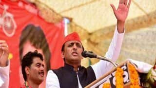 अखिलेश ने कहा- हम किसानों के साथ, BJP सत्ता में रही तो लोकतंत्र खत्म हो जाएगा