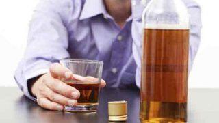 OMG! नहीं मिली शराब तो पी लिया सैनिटाइजर, फिर जो हुआ वो रौंगटे खड़े कर देगा...