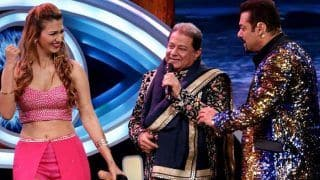 Bigg Boss 12: Jasleen Matharu's Father Kesar Matharu Says he Disapproves of Her Relationship With Bhajan Singer Anup Jalota; Details Inside
