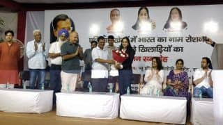 Delhi Chief Minister Arvind Kejriwal Felicitates Asian Games Medallists--SEE PICTURES