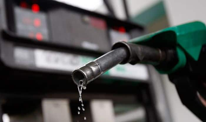 Petrol, Diesel cheaper by Rs 5 from midnight