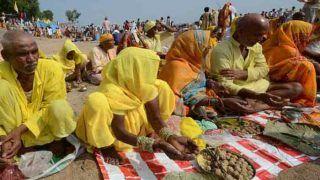 Pitru Paksha 2019: पितरों के मोक्ष के लिए अर्पित हो रहे पिंड, बची सामग्री से ये बनाएगी बिहार सरकार...