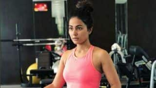Bigg Boss Finalist Hina Khan Flaunts Her Perfectly Toned Abs as She Preps For a Shoot - View Picture